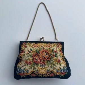 VINTAGE | Tapestry petite wristlet bag